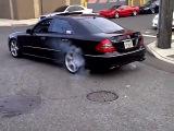 ((Mercedes Е 63 AMG))  вещь драйв тюнинг тачка спорт дрифт скорость мощь рейсинг форсаж на прокачку маскл кар супер авто передача валит бмв супер клип 100500 зверь машина
